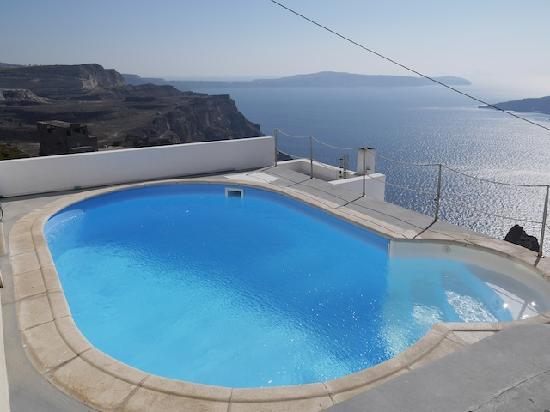 Neoklassiko Koukouli : ICE cold pool