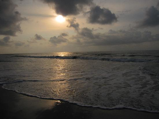 Myrtle Beach, Carolina del Sur: Sunrise in front of our hotel