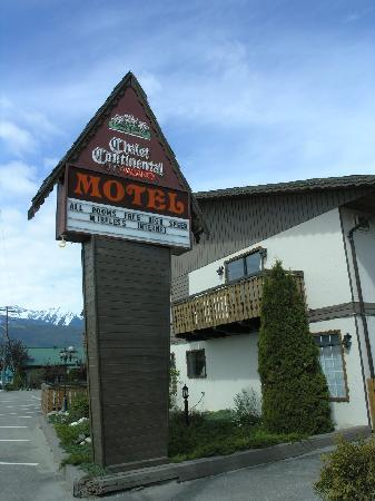 "front of the motel when you come from ""downtown"" and leave Valemount."