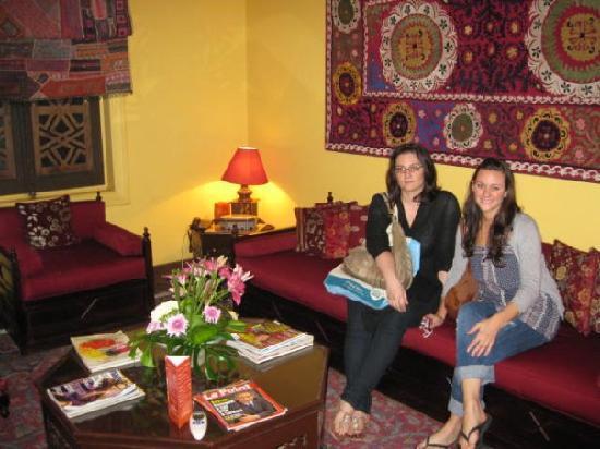 Talisman Hotel de Charme: The common sitting room