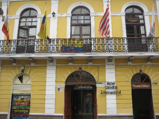 Hotel Catedral Internacional: Hotel Catedral street view