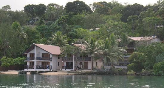 Fatumaru Lodge from the kayak