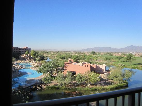 Chandler, AZ: View of pools and grounds from room