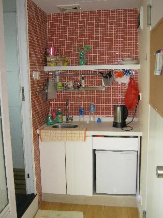 Yesinspace House: my kitchen