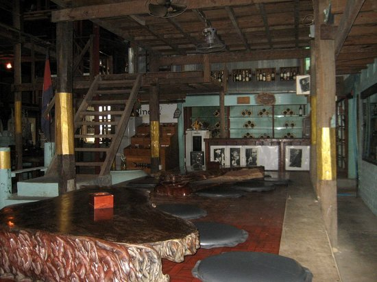 Dead Fish Cafe: Part of interior of Dead Fish Tower