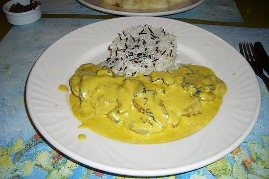 Oineas: Chicken main dish