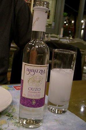 Oineas: Babatzim Ouzo