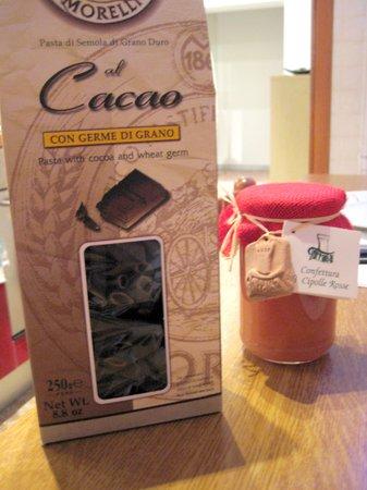 Chocolat-Cioccolatini d' autore: Pasta e confettura