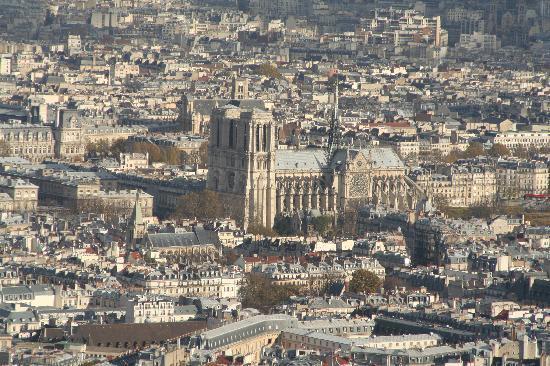 París, Francia: Notre Dame..einer der berühmtesten Kirchen überhaupt