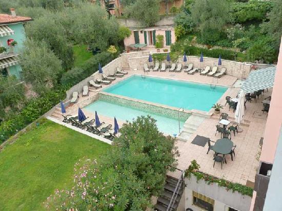 Hotel Antonella pool