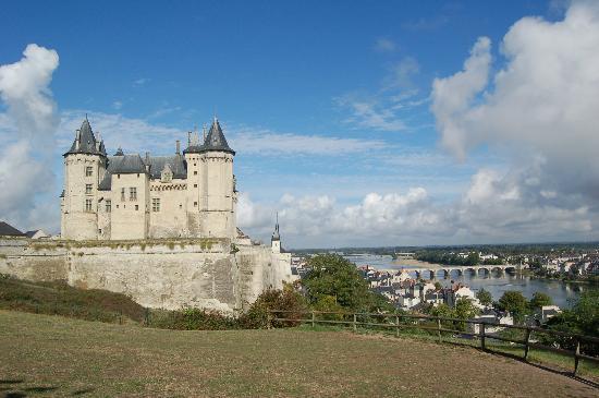 Anne d'Anjou : The chateau