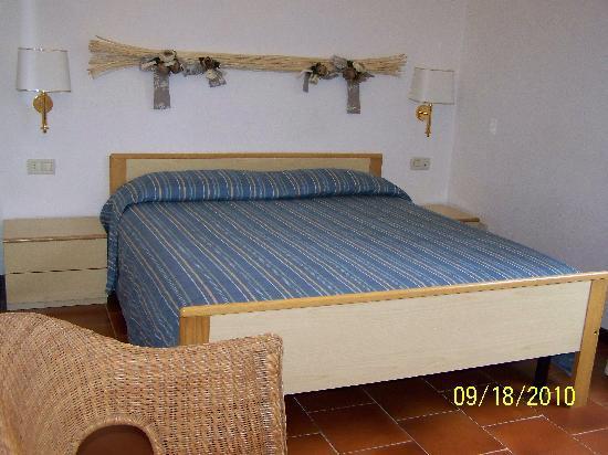 Hotel Clelia: La chambre simple mais coquette et très propre