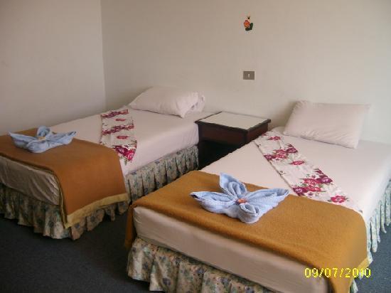 Pines Beach Hotel: นี่ขอเขาถ่ายมา สวยดี
