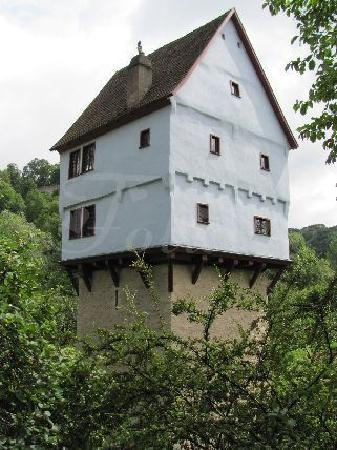The small castle picture of toppler castle rothenburg for Small chateau
