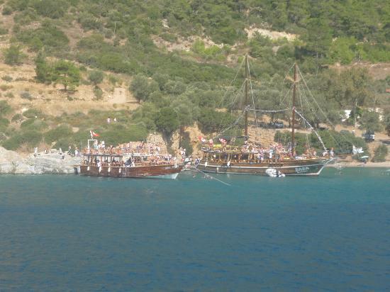 Luana Hotels Santa Maria: boat trip (recomended )