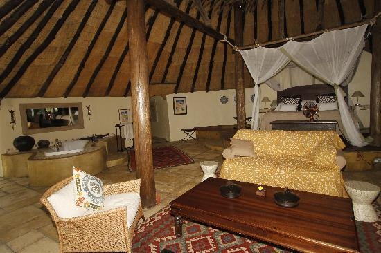 Tongabezi Dog House