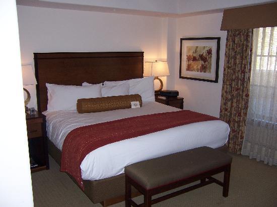 Austria Haus Hotel: Lupine Room