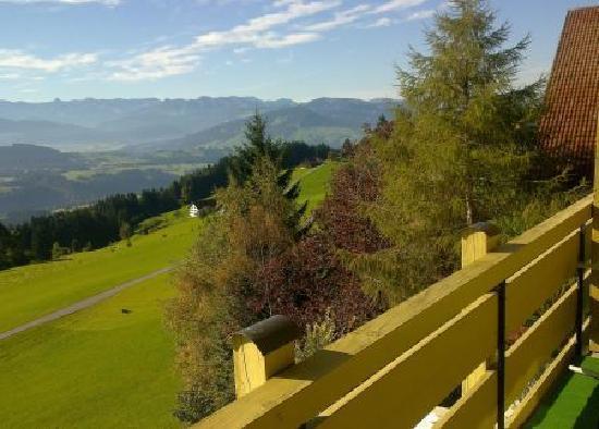 Sulzberg, Österreich: Ausblick Balkon
