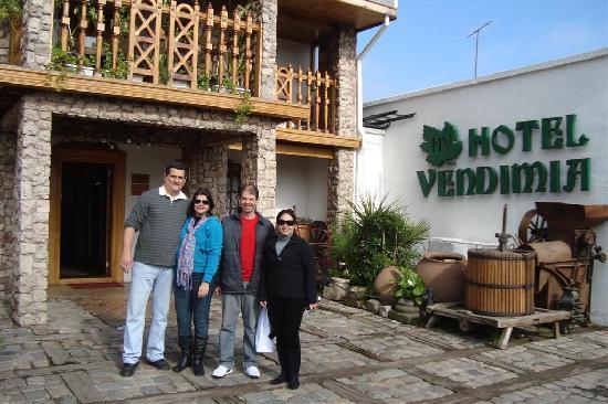 هوتل بوتيك فينديميا بريميوم: Na entrada do Hotel