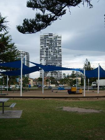 Ultra Broadbeach: Close proximity to playgrounds