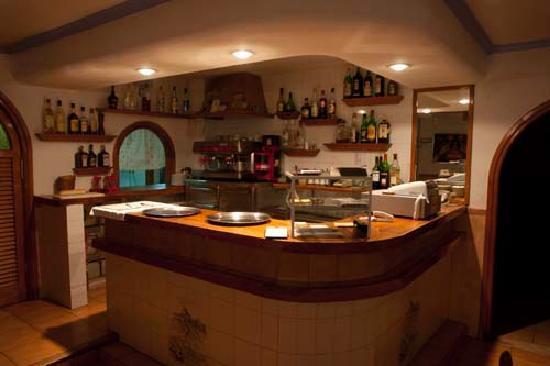 Da Sidhu : Barra del restaurante