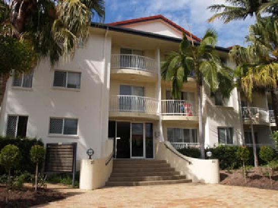 Anchor Down Apartments: 2