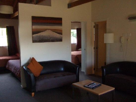 The Hobbit Motorlodge: 1 Bedroom Suite