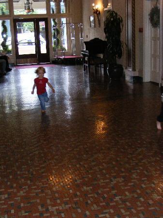 카디널 호텔 사진