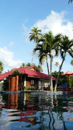 Viva Vacation Resort : Blick vom Pool auf unsere Villa
