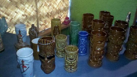 Tropic'Aina: the boutique section's vintage TIKI MUGS!
