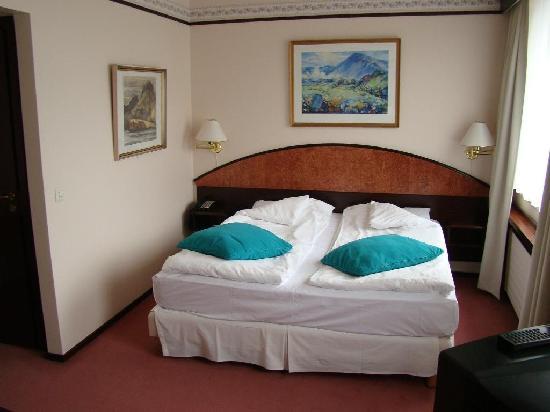 Hotel Holt: Habitacion