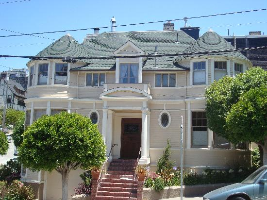 San Francisco Movie Tours : Mrs Doubtfire's house!