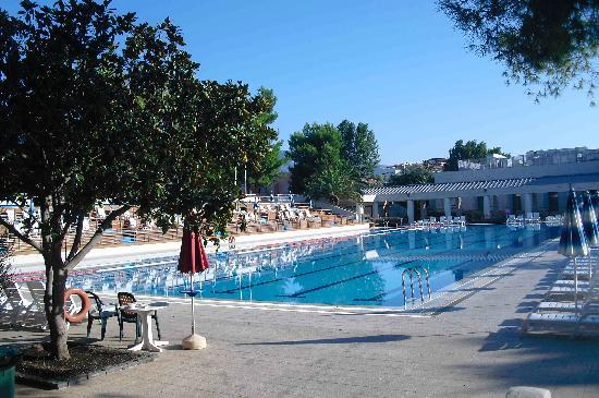 Atahotel Naxos Beach: plusieurs piscines dont une piscine olympique