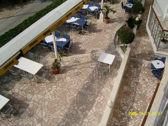 Hotel Kastel: Nice patio area