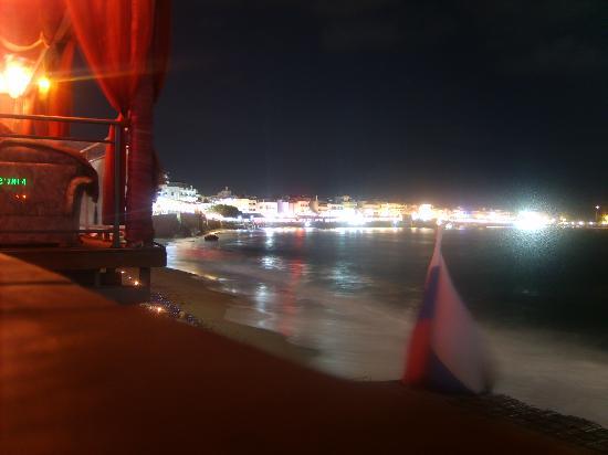 Hersonissos, Greece: Bucht bei Nacht