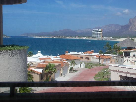 Sea of Cortez Beach Club: view from our kitchen table