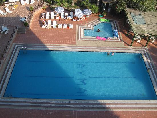 Ayma Hotel: the pool