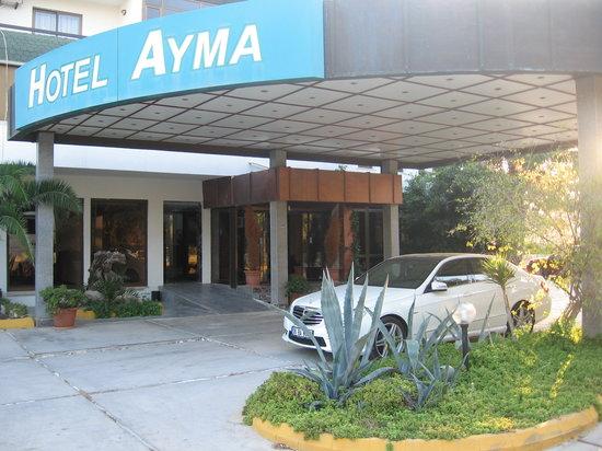 Ayma Hotel: entrance