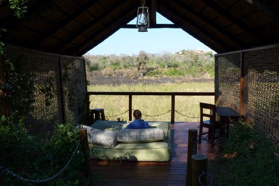 Jock Safari Lodge: Pergola and day bed