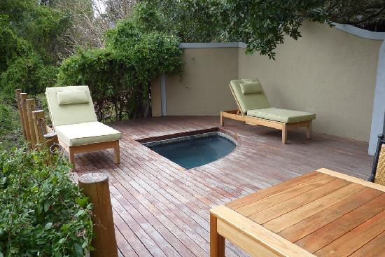 Jock Safari Lodge: Deck next to bungalow