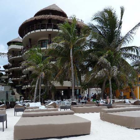 Hotel El Punto: Club de Playa y desayuno