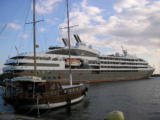 SENTIDO Bilyana Beach: Cruise liner in Old Nessebar harbour