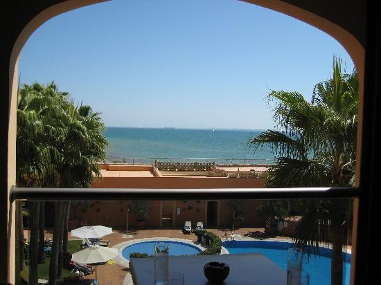 Hotel Duque de Najera: Blick vom Zimmer aufs Meer