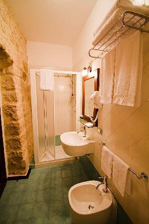 Hotel Residenza Petra: Residenza Petra Bathroom
