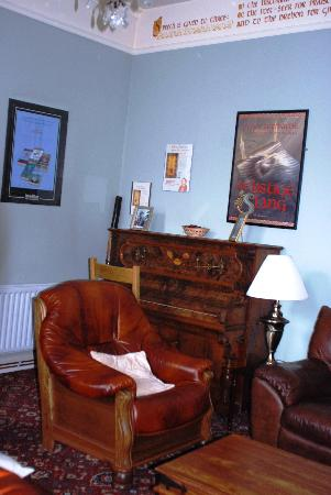 Cashel Town Bed and Breakfast: Living room at Fidelma B and B
