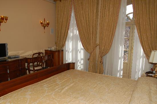 فيلا فينارولي بالاس هوتل: superior room