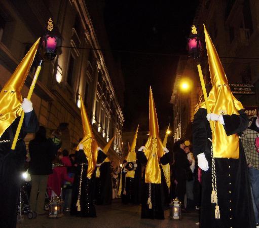 Granada Diez: Prozession am Karfreitag