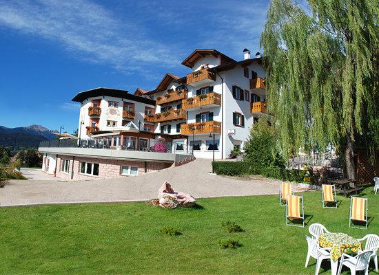 Hotel La Montanina d'estate