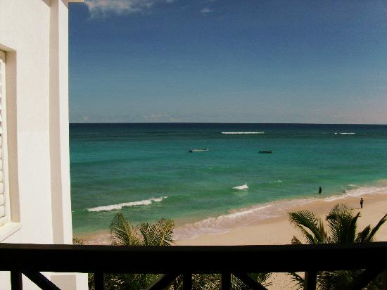 Silver Point Hotel: oceanview from room