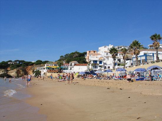 Aparthotel Olhos d'Agua: plage à 5 minutes